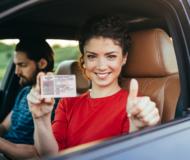 Как сдать на права в автошколе?